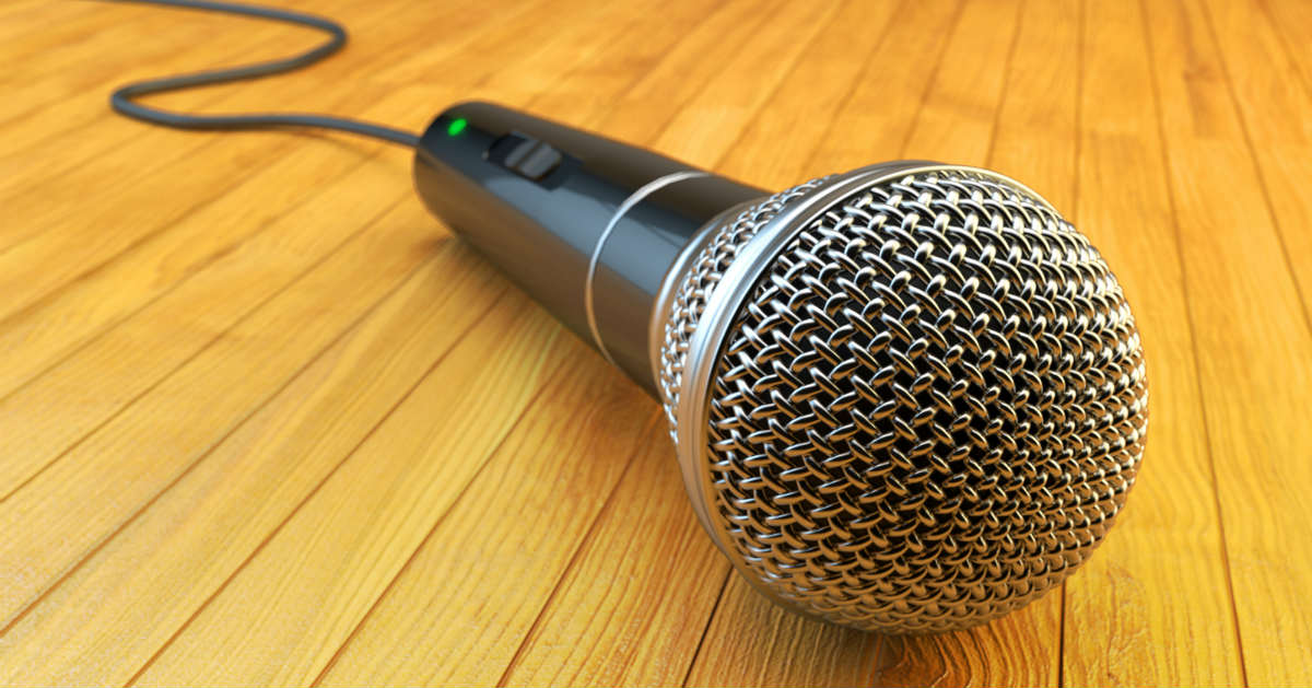 how to keep a horrible emcee from tanking your show